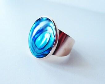 Natural paua ring. Paua shell ring. Rose gold ring. Paua rose gold. Abalone ring. Abalone jewelry. Paua shell jewelry. Adjustable ring.