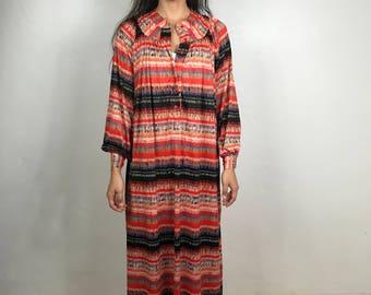 Vtg 70s space dye op art flame stitch caftan dress