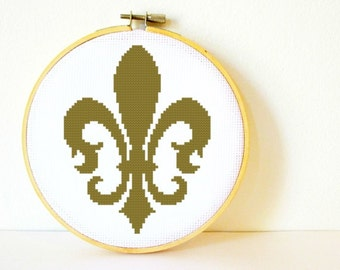 Counted Cross stitch Pattern PDF. Instant download. Fleur-de-lis. Includes easy beginners instructions.