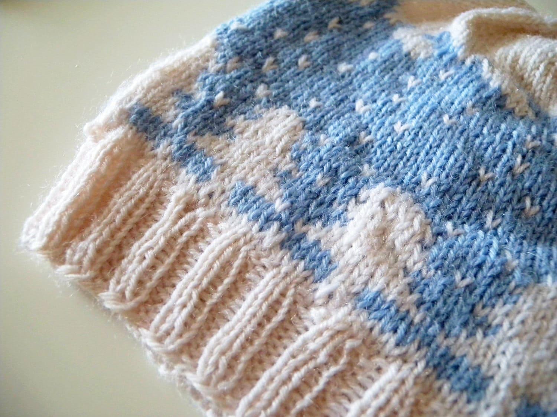 Hat Knitting Pattern, warm winter beanie, two colors, winter ...
