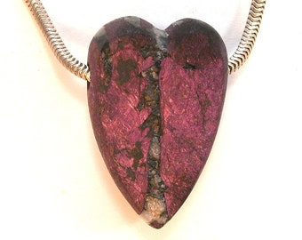 DVH Purpurite Heart Bead Natural Face Pendant Namibia 30x20x12mm (9755)