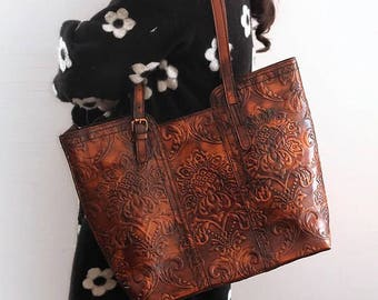 Brown Leather Tote Purse/Tooled Tote Leather Handbag/Vintage Brown Leather Tote Bag/Laptop Tote Purse/Embossed Tote Purse