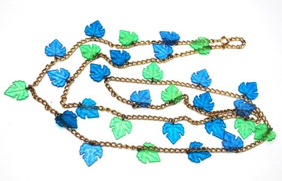 Blue Green Leaf Necklace  Lucite Plastic  grape leaf   gold tone chain  Turquoise