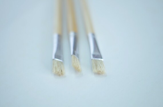 Paint Brush Size 8 Natural Hog Hair Stiff Paintbrush And