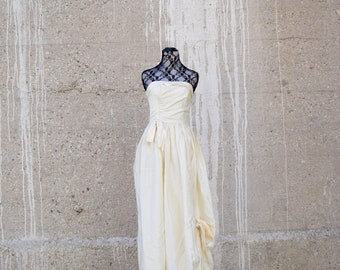 80s Wedding Dress | Off White Dress | 80s Prom Dress | Full Length Gown | Strapless Dress | XSmall Dress XS | Size 0 Dress | Vintage Wedding