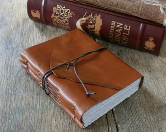 "Leather Journal . Mark Twain quote: ""Explore. Dream. Discover."" handmade handbound . rich golden tan brown  (320 pgs)"