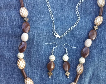 Earth-Tone Necklace & Earring Set