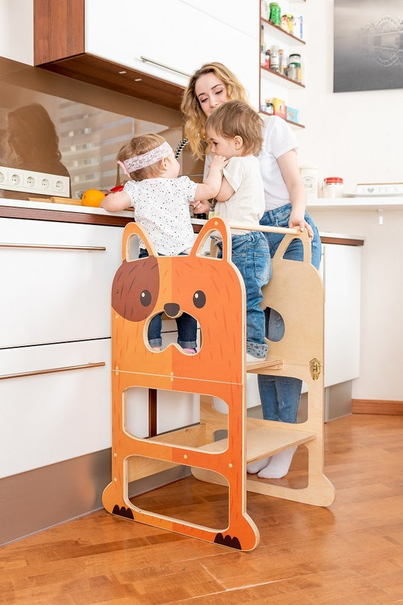 Learning table for two ''Speedy dog'' , step stool, table and chair.