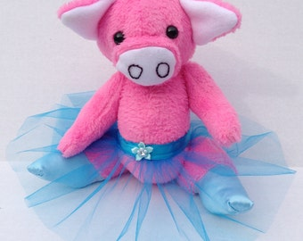 Aster the Dancing Pig