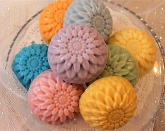 Chrysanthemum Soap Bar, Novelty Soap, Goat's Milk Soap, Gift for Woman, Handmade Soap, Summer Soap, Decorative Soap, Flower Soap Favors