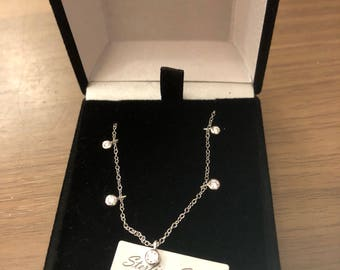 18inch Sterling Silver necklace with 5 cubic zercona drops