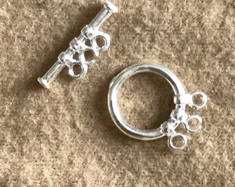 Toggle clasp circle three row silver metal