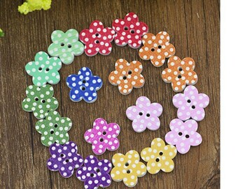10 wooden flower for scrapbooking or sewing buttons