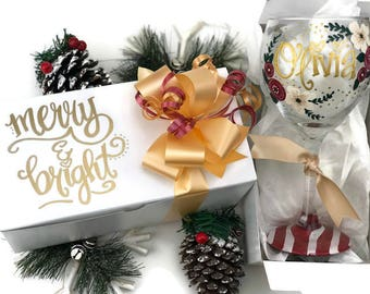 Hand Painted Christmas Wine Glass and Gift Box Set - Personalized Christmas Gift - Christmas Florals in Burgandy and Gold - Merry and Bright