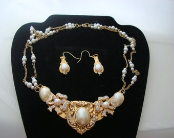 Bridal white necklace and earring set. Hand-made. One-of-a-kind.
