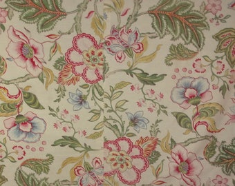 Vintage fabric, pretty Indian flowers
