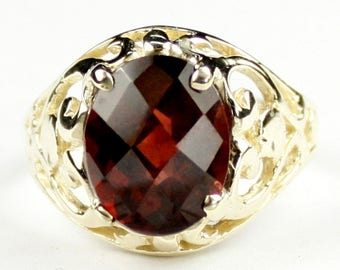 Mozambique Garnet, 18KY Gold Ring, R004