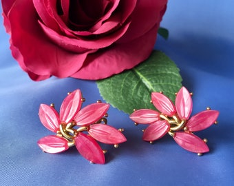 Crown Trifari Signed Vintage Pink and Gold Tone FLower Clip Earrings, Pink Lucite Crown Trifari Earrings, Crown Trifari Clip Earrings