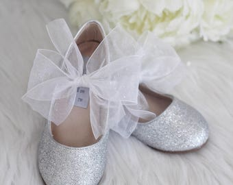 Infant girl shoes, Toddler girl shoes, Kids Girls Shoes -SILVER fine glitter mary-jane with WHITE GLITTER chiffon ribbon bow for flower girl