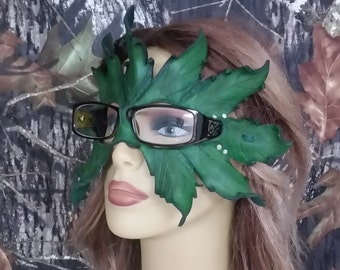 Green leaf mask for glasses