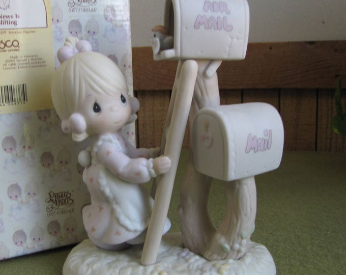 Precious Moments Good News is So Uplifting Figurine Heart Symbol 1996 Retired