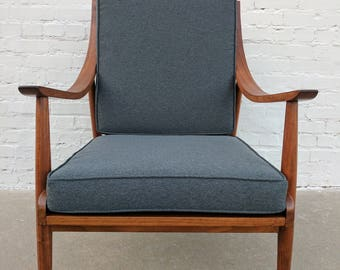 Mid Century Modern Danish Scoop Arm Lounge Chair