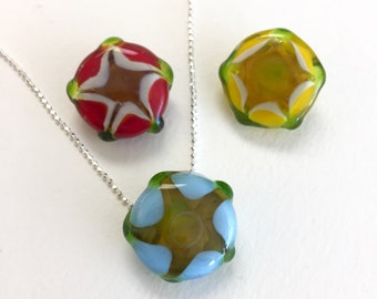 Red, Yellow & Blue Tiny Blossom Pendant Beads