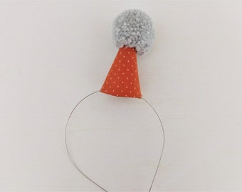 Party Hat with Print Fabric and Pom Pom