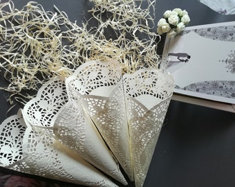 50 Wedding Confetti Cones. Cones for Confetti. Wedding petal cones Confetti,Wedding cones,Paper Cones,Vintage wedding,lace paper