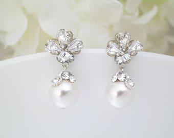 Dainty pearl drop earrings, Vintage style rhinestone cluster wedding earrings, Swarovski crystal bridal jewelry, Unique bridal earrings