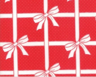 1/2 Yard Vintage Holiday by Bonnie and Camille for Moda- 55165-11 Red Wrapped Up