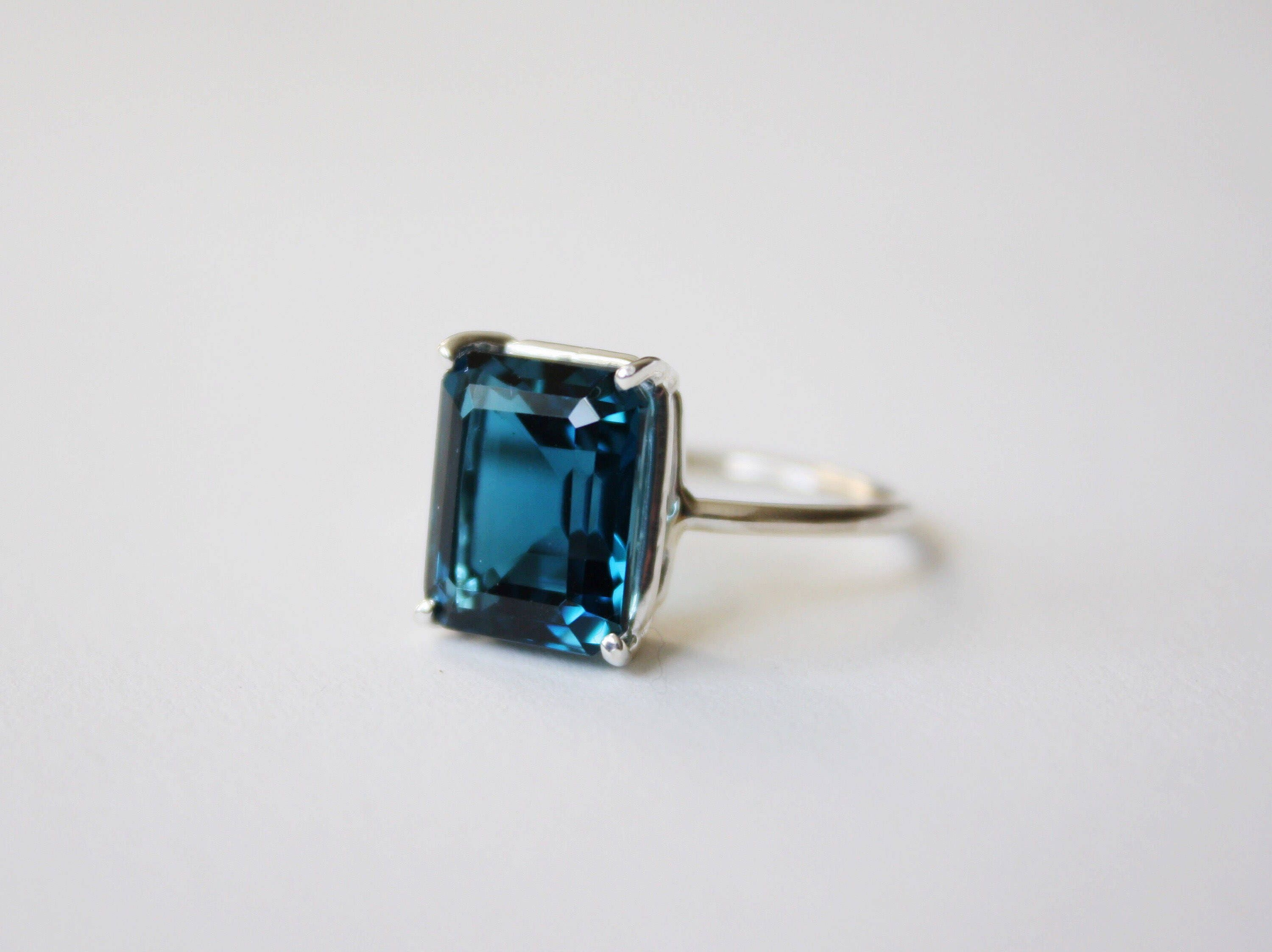 pin large blue emerald size topaz carat yellow ring cut gold