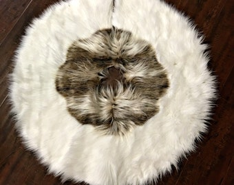 Round Christmas Tree Skirt - Off Whtie Faux Fur w/ Ray Wolf- Sheepskin Holiday Decoration - Soft Luxury Faux Fur - All New Sizes and Colors