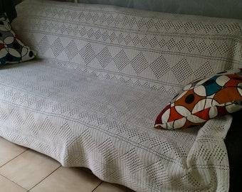 Plaid wool VINTAGE Afghan bedspread