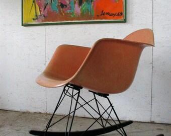 Herman Miller Eames Fiberglass Armshell Rocking Chair Venice California Label, Vintage Eames Chair Rocker
