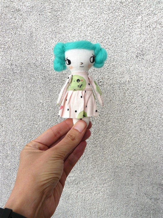 Mini art doll. 12 cm. Embroidered and painted. Merino wool hair.