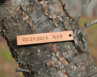 Personalized date and initials urban wood keychain // mothers day // fathers day // birthday gift // anniversary gift // wedding gift