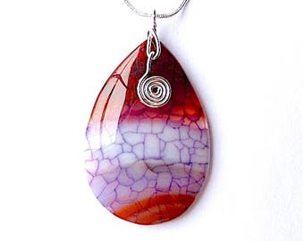 Faux dragons vein agate pendant necklace, on snake chain.