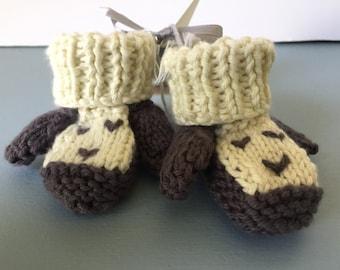 Little lamb newborn booties, soft cotton yarn, hand knit, baby booties, lamb, handmade baby booties