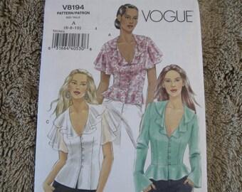 UNCUT FF Misses tops Vogue 8194 Size 6-8-10
