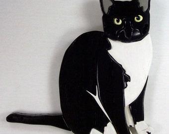 Beautiful Intarsia Tuxedo Cat