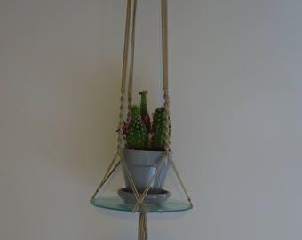 Macrame glass plate hanger
