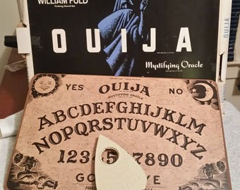 Vintage Ouija Board Game with Box 1960's William Fuld Parker Brothers Mystifying Oracle / Used