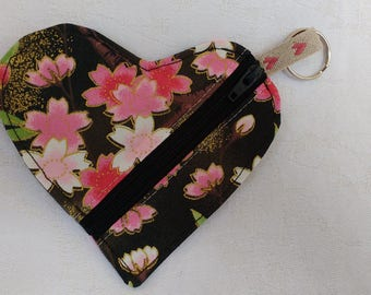 Heart shaped purse, coin purse, earphone case