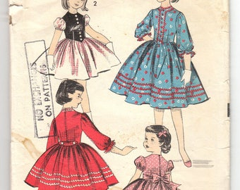1950s Advance 8142 Girls Tyrolean Dress With Contrast Bodice And Short Puffed Or Gathered Three-Quarter Sleeves , Size 10 Child