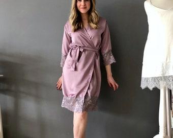 Lavender Satin Robe / Lavender Lace Robe / Bridesmaids Robe / Satin and Lace Kimono / Lilac Satin Robe / Grey Lace Robe / Purple Robe