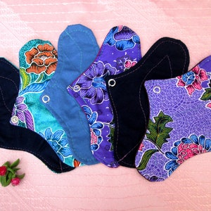 "Set of 6 DAILY Panty-liners~ washable panty liners~ 8"" cotton reusable pads~ for daily use / light flow period / tampon backup~ natural eco!"