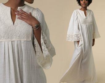 1960's Linen Wedding Dress / Vintage White Linen Dress / Linen and Lace Dress