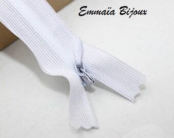 White zipper 60 cm