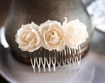71 Beige hair comb, Champagne hair accessories, Hair comb flowers, Floral hair accessories, Hair combs, Flower hair comb, Rose hair comb.